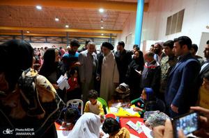 حضور آیت الله نورمفیدی در  محل اسکان موقت سیل زدگان