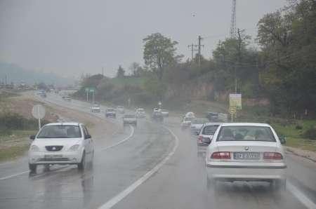 بارش باران در اغلب محورهای مواصلاتی کشور