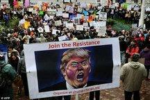 ادامه موج اعتراض ها ضد ترامپ در آمریکا/ درگیری پلیس با معترضان+ تصاویر