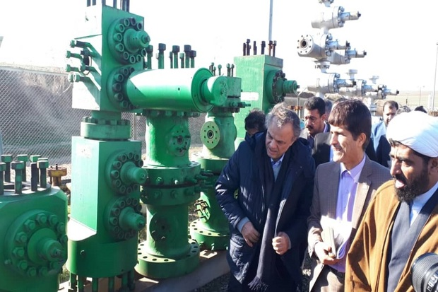 استاندارخراسان رضوی از شرکت بهره برداری نفت درسرخس بازدید کرد