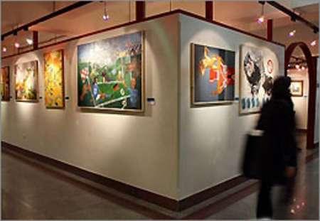 نمایشگاه تابلوهای هنری ویژه نوروز در برازجان گشایش یافت