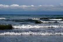 برای روزهای پایانی هفته، شنا در دریای خزر توصیه نمی شود