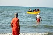مناطق خطرآفرین ساحل آستارا مسدود می شود