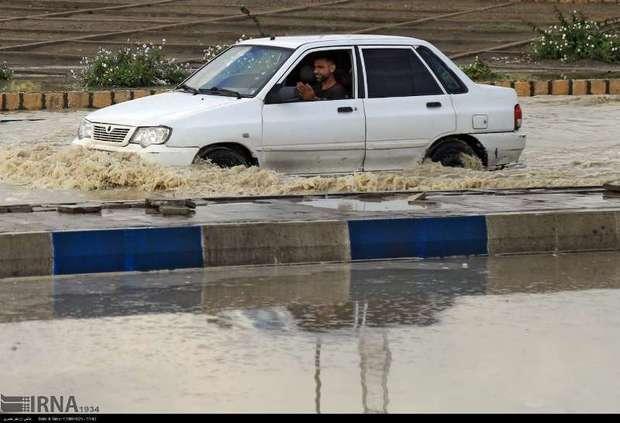سیلاب راه ارتباطی 11 روستای سبزوار را مسدود کرد