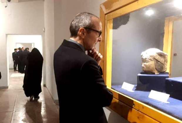 سفیر اتریش از آثار تاریخی و مذهبی شوش دیدن کرد