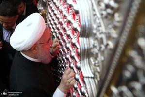 تشرف دکتر روحانی به حرم مطهر امیرالمومنین حضرت علی(ع)