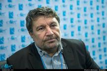 حضرتی: احمدینژاد انسان صادقی است