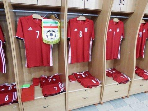 تناقض گویی مدیران فوتبال درباره قرارداد آدیداس و حذف یوز ایرانی/ کدامیک راست می گوید؟!