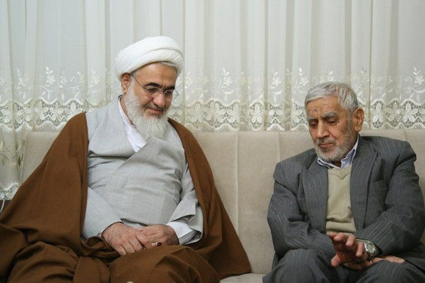 امام جمعه شهر قزوین در گذشت یک مبارز انقلابی را تسلیت گفت