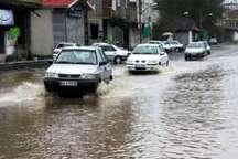 بارش باران و آبگرفتگی معابر در آستارا
