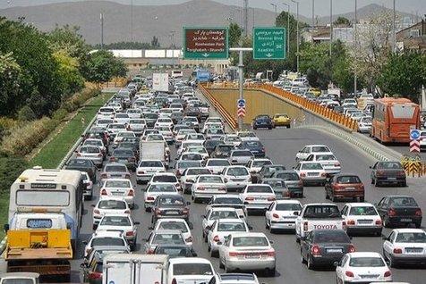 ترافیک نیمهسنگین در محور کرج - چالوس