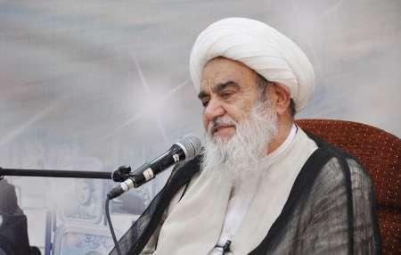 آیت الله مظاهری: آقای هاشمی حراست از اصول و پایه های انقلاب را بر هیچ چیز ترجیح نمی داد
