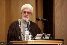 حکومت پیامبر مبتنی بر رضایت بود/ امام حسین برای بازگشت به سنت جدش تلاش کرد/ پیامبر بر مسلمان شدن افراد اصرار نداشت