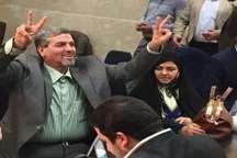 حضور احمدی نژاد آمدنم را تقویت کرد