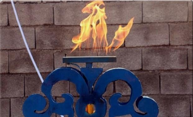 مشعل گاز در شهر توحید و هفت روستای هلیلان روشن می شود