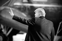 دموکرات ها برای استیضاح ترامپ در 2018 آماده می شوند