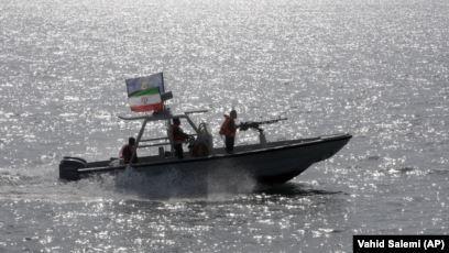 سپاه صاحبِ تعداد زیادی قایق تندرو میشود