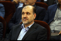 نماینده مجلس: نباید مرعوب تحریم های اقتصادی دشمن شد