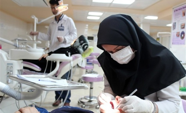 بهداشت دهان در دوره کار گذاری ایمپلنت مهم است