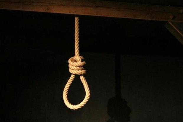مردی میانسال در پارک مردم همدان خودکشی کرد