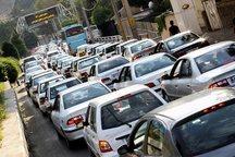 ترافیک جاده کرج - چالوس و آزادراه کرج -قزوین  سگین است