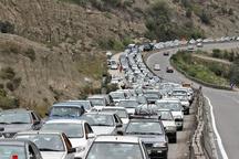 ترافیک سنگین در محور هراز   تردد در فیروزکوه پر حجم است