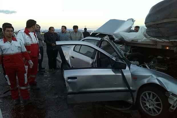 برخورد سمند با کامیون در قزوین یک کشته برجا گذاشت