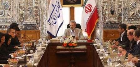 لاریجانی: زمینه های سرمایه گذاری تایلند در ایران را فراهم خواهیم کرد