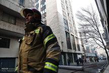 عملیات اطفاء به لحظات پایانی نزدیک می شود/  فیلم و عکس