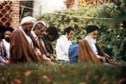 توصیه امام به خواندن نماز اول وقت
