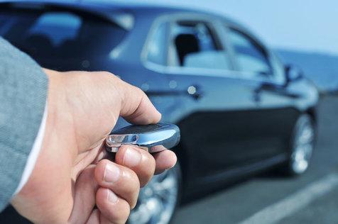 خودروهای برقی تسلا ظرف ۲ثانیه به سرقت می روند!