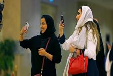 زنان عربستان از اول سال 2018 میتوانند کامیون و موتورسیکلت هم برانند