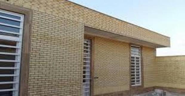 30 مسکن روستایی و شهری در بافق واگذار شد