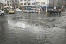 بارش تگرگ و رگبار باران موجب آبگرفتگی معابر در ارومیه شد