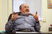 رفیق دوست: آقای هاشمی به من گفت این دولت شعار جنگ میدهد اما تمام قد به جبههها کمک نمیکند/ بهزاد نبوی در مورد آن 90 میلیون مارک چیزی نمی گوید اما راجع به آن توالت صحرایی می گوید