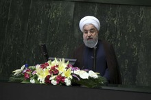 تنش لفظی میان تهران و واشنگتن/ واکنش نماینده آمریکا به اظهارات روحانی/ هشدار درباره سفر به ایران