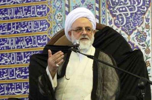 دشمن توطئه ناامیدی مردم از انقلاب اسلامی را کلید زده است