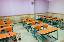 مدارس روستای دریاس مهاباد تعطیل شد