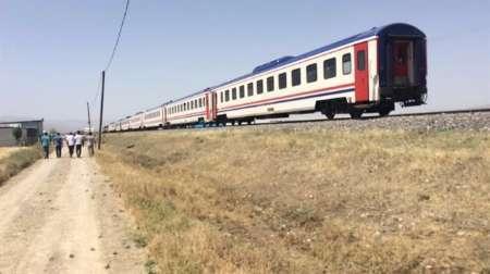 راه آهن فارس بیش از 80 هزار مسافر جابه جا کرد