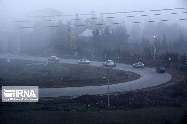 جادههای خراسان رضوی مهآلود است