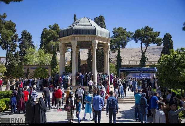 اماکن تاریخی فرهنگی فارس در عید فطر تعطیل نیست