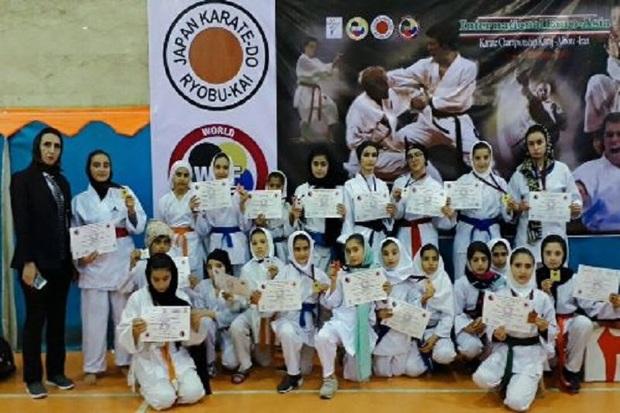 بانوان اردبیل در مسابقات شوتوکان ریوبوکای 17 مدال  کسب کردند