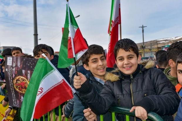 جلوه هایی از راهپیمایی یوم الله 22 بهمن درقم