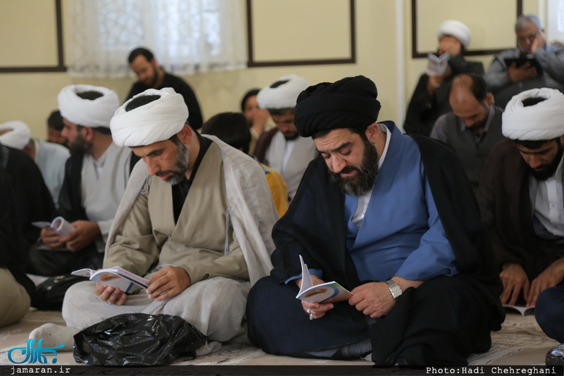 مراسم دعای عرفه در محضر استاد امجد