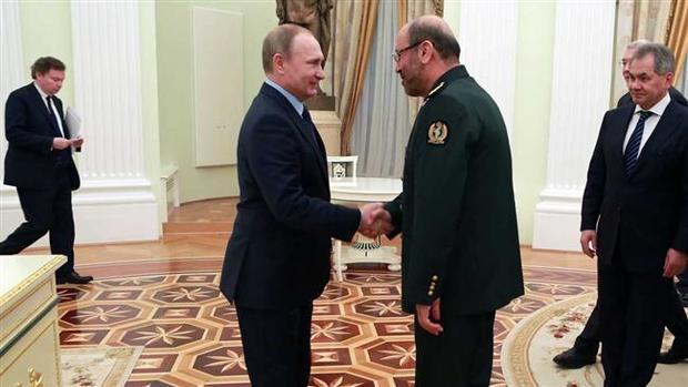 وزیر دفاع وارد مسکو شد
