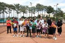 برترینهای مسابقات تنیس جام پسران و دختران کشور در سمنان مشخص شدند