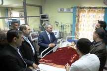 معاون رئیس جمهوری از مصدومان سیل شیراز عیادت کرد