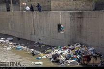 بستر انتقال جایگاه زباله در آستانه اشرفیه فراهم شود