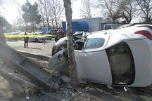 برخورد خودرو با تیر چراغ برق در شیراز ۲ کشته داشت