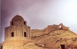 مقبره «ننه نادر» چطور لاری ها را از قتل عام نجات داد